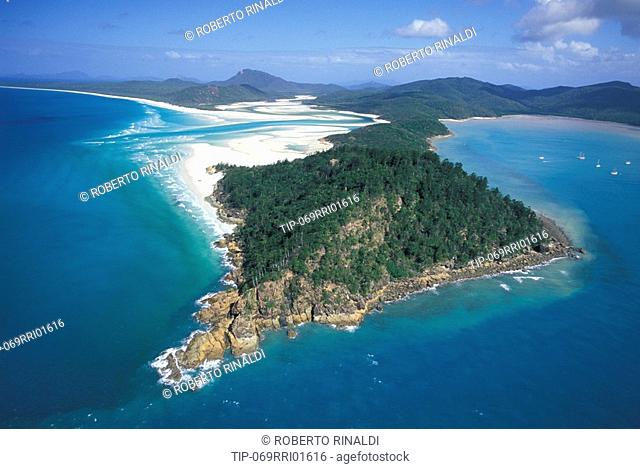 Australia, Queensland, Whitsunday Island, Aerial view of Hill Inlett
