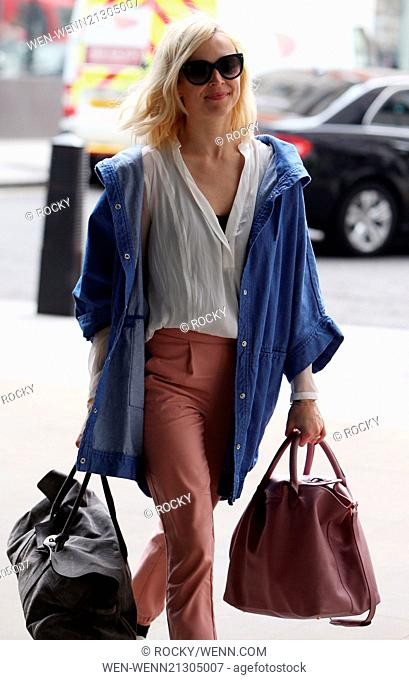 Fearne Cotton arrives for work with 10minutes before due on air Featuring: Fearne Cotton Where: London, United Kingdom When: 29 Apr 2014 Credit: Rocky/WENN