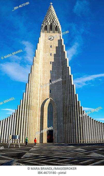 Hallgrímskirkja or church of Hallgrímur, Reykjavík, Höfuðborgarsvæðið, Iceland