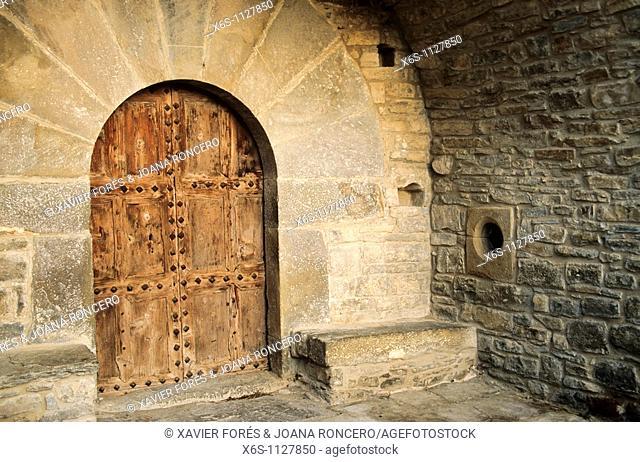 Asunción church, monumental area of Muro de Roda, Fueva valley, Huesca, Spain