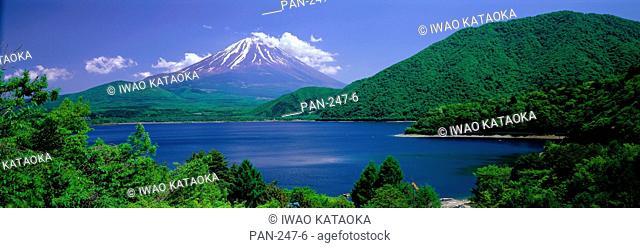 Lake Motosu, Oshino, Yamanashi, Japan