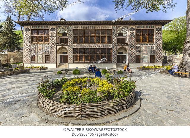 Azerbaijan, Sheki, Nukha Fortress, Xan Sarayi Palace, 18th century, with visitors, NR
