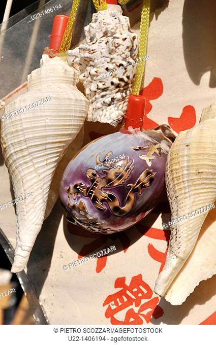 Hong Kong: shells sold as souvenirs at Tai O village, on Lantau Island