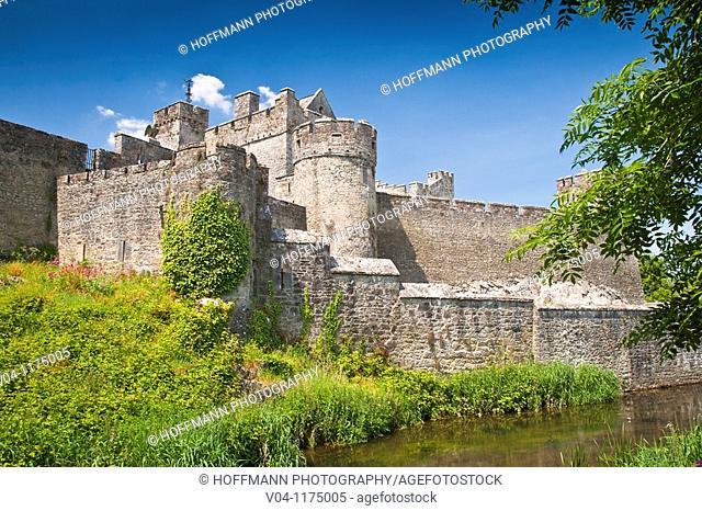 Cahir Castle in Cahir, County Tipperary, Ireland, Europe