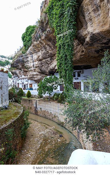 Setenil de las Bodegas, Málaga, Andalucía, Spain, Europe