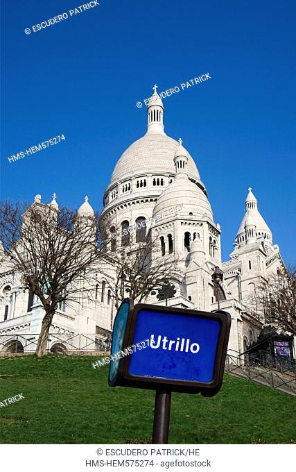 France, Paris, Butte Montmartre, Basilique du Sacre Coeur Sacred Heart Basilica