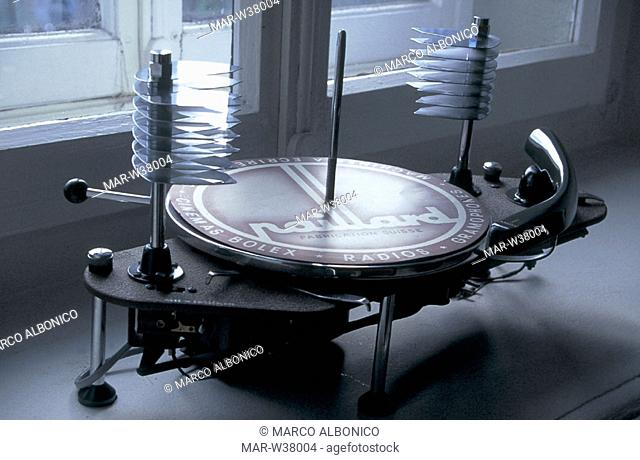 switzerland, sainte croix, cima museum, turntable with automatic record changer