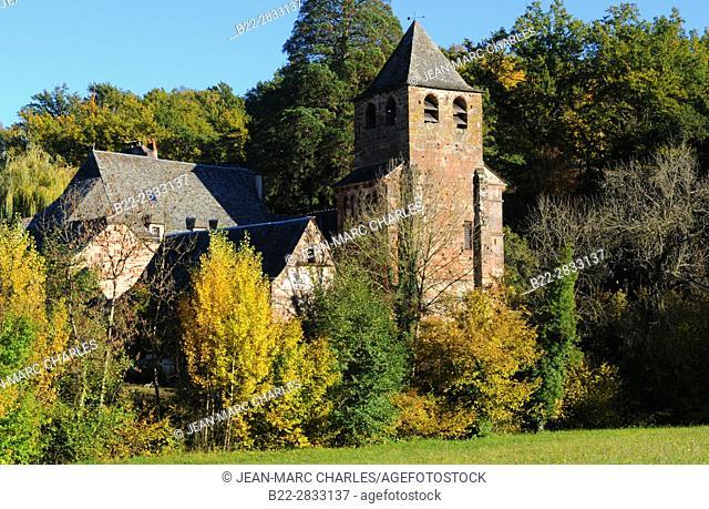 The Church of St-Peter, l'église Saint-Pierre, Bessuéjouls, Aveyron, Midi-Pyrénées, France