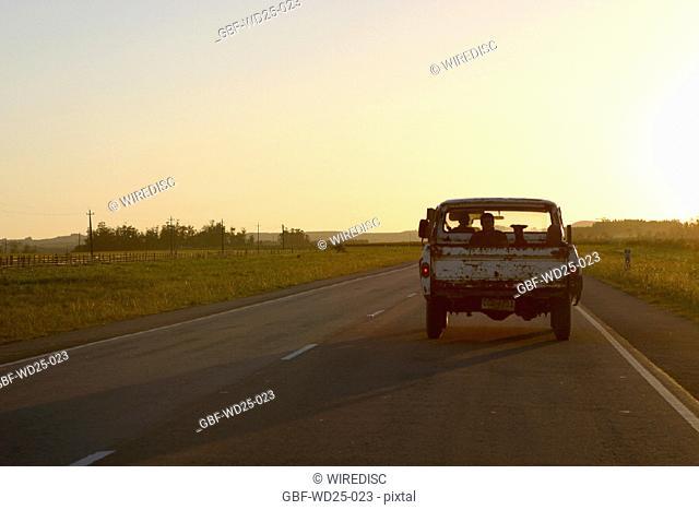 Transport, road, pickup