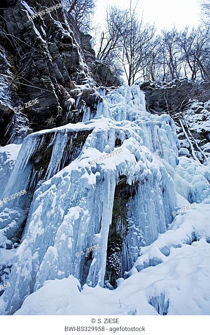 frozen waterfall Plaesterlegge, Germany, North Rhine-Westphalia, Sauerland, Bestwig