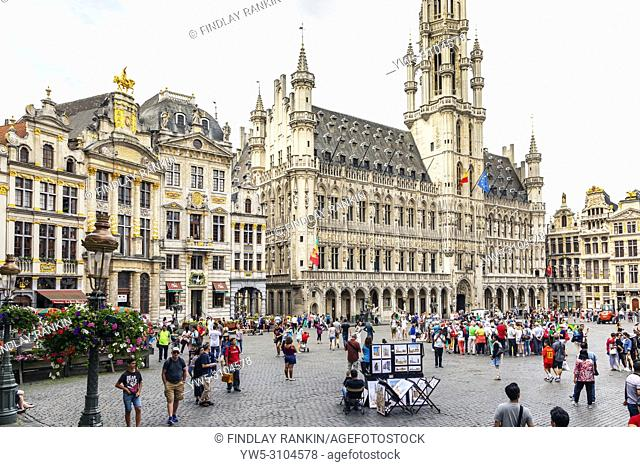 15th century architecture in Grand Place, Brussels, a UNESCO World Heritage site, Brussels, Belgium