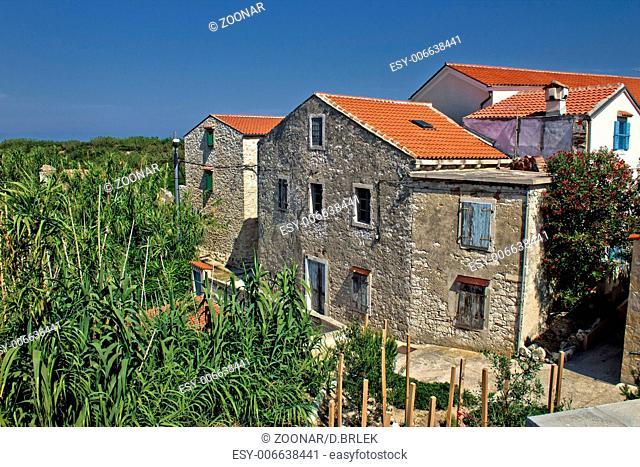 Dalmatian architecture, Island of Susak