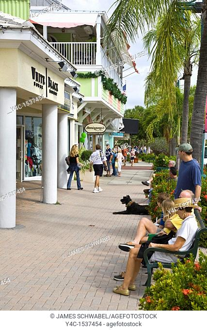 St Armands Circle shopping and dinig area on St Armands Key in Sarasota Florida