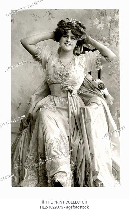 Marie Studholme (1875-1930), English actress, 1900s. From the Rotary Photographic Series