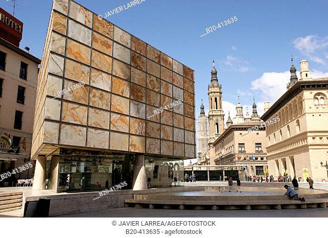 Plaza de la Seo with the Lonja (old exchange market) and the basilica of Nuestra Señora del Pilar in background, Zaragoza. Aragón, Spain