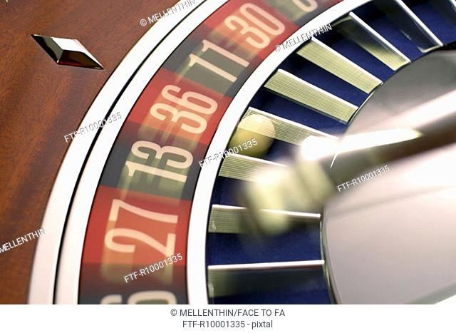 A moving roulette table