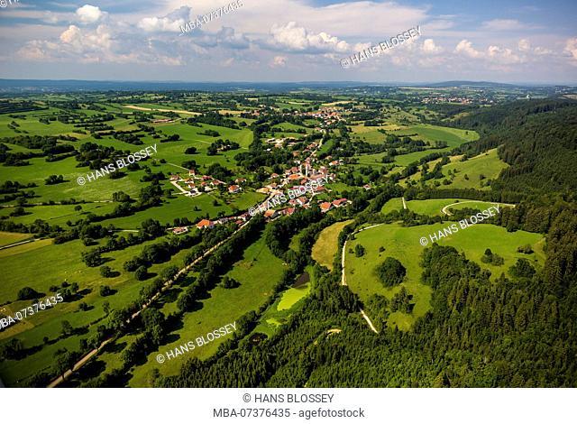 Athose, Jura Mountain Range, Jura Mountains, landscape with meadows, Bourgogne-Franche-Comté region, France