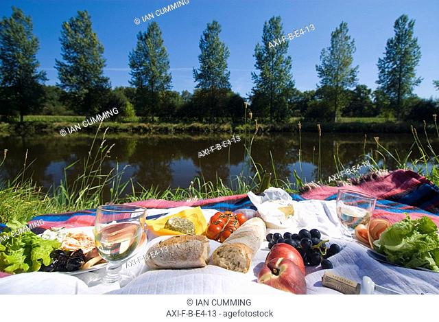 Picnic on the banks of the Nantes Brest canal, Low Angle View