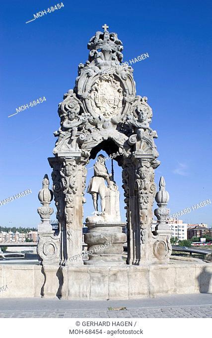 Madrid, Puente de Toldo, Statue von San Isidro