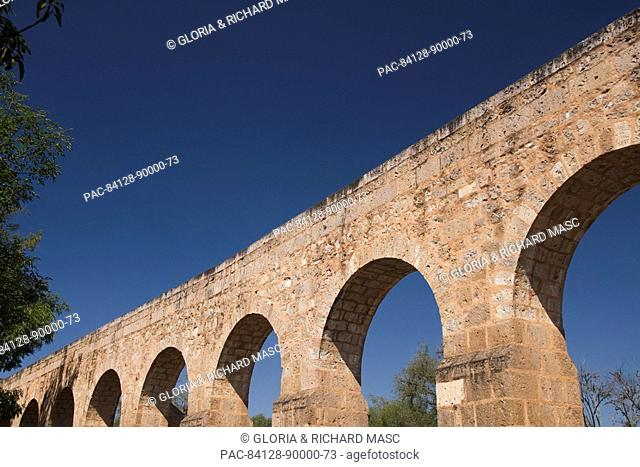 Mexico, Michoacan, Morelia, the Aqueduct built between 1785 and 1788, parallell to Avenue Acueducto
