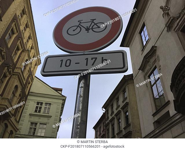 Prague will ban cyclists in selected pedestrian zones in the historical centre from 10:00 to 17:00 and the municipal technical road service (TSK) started...