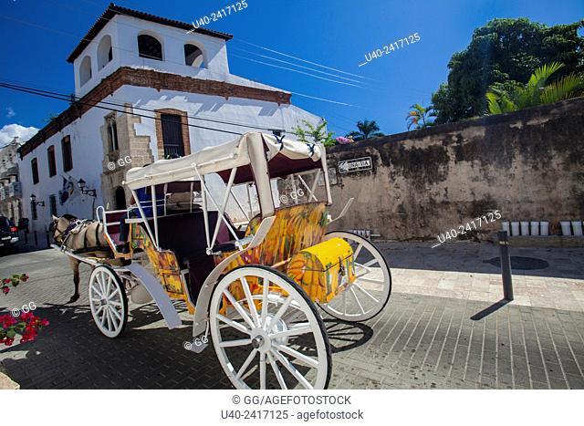 Dominican Republic, Santo Domingo, horse and carriage