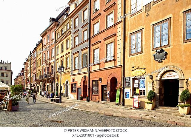 Old Town of Warsaw, Poland, Europe, 2. July 2004