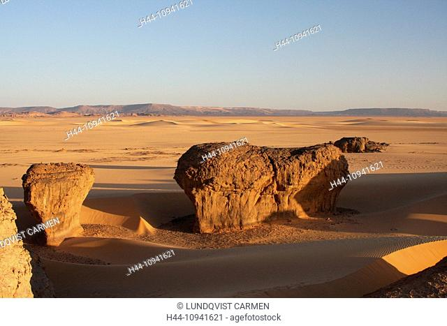 Algeria, Africa, north Africa, desert, sand desert, Sahara, Tamanrasset, Hoggar, Ahaggar, rock, rock formation, Tassili du Hoggar, sand, evening, evening light