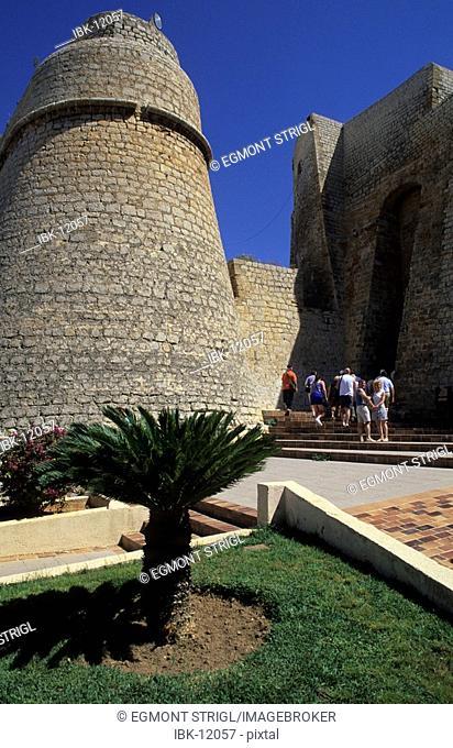 Dalt Vila, Baluard des Portal Nou
