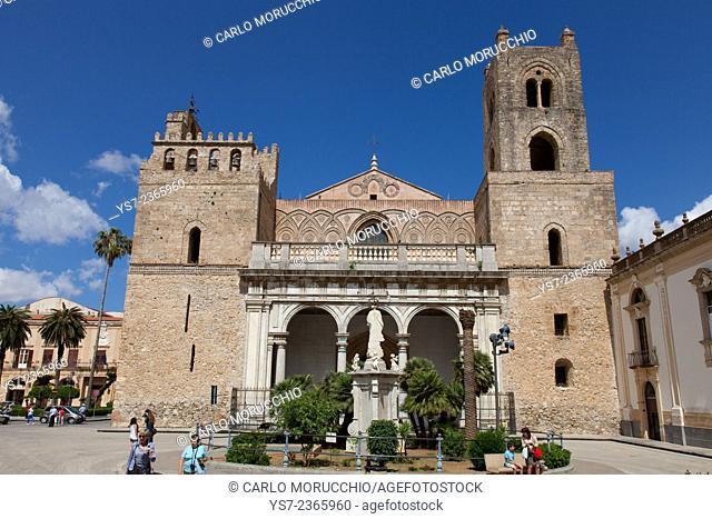 Santa Maria Nuova Cathedral, Monreale, Palermo, Sicily, Italy, Europe