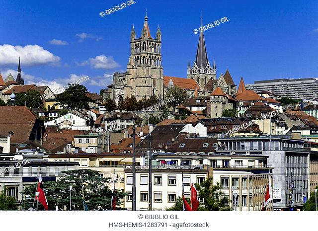 Switzerland, Canton of Vaud, Lausanne, city center, to the Notre Dame Cathedral