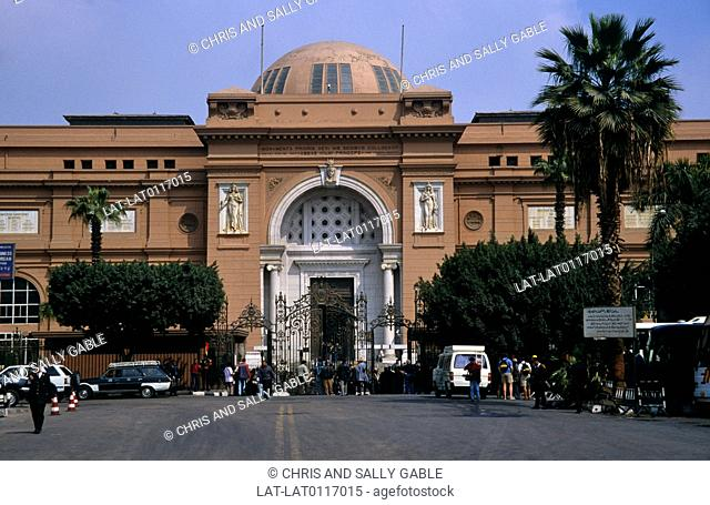 The Egyptian national Museum is a red painted sandstone building,built in 1900,in the neo-classical style by the French architect Marcel Dourgnon