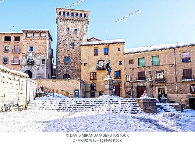 Plaza de San Martín, torreón de Lozoya and monumento a Juan Bravo. Segovia. Castile-Leon, Spain