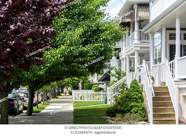 Ocean City, New Jersey, USA, Street Scenes, walking down street on way to Beach, with House Fronts