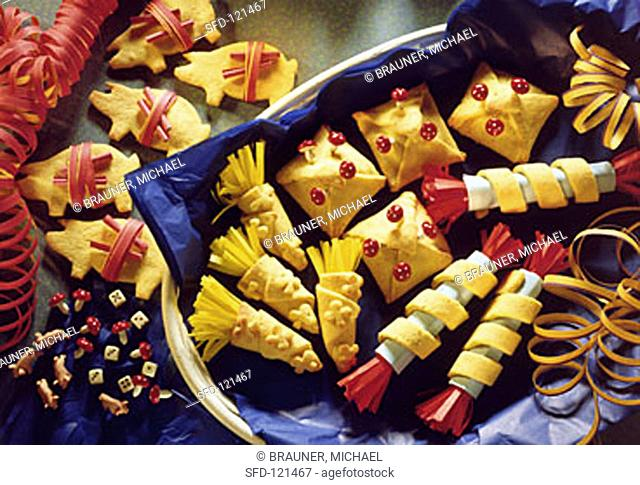 Assorted fortune cookies
