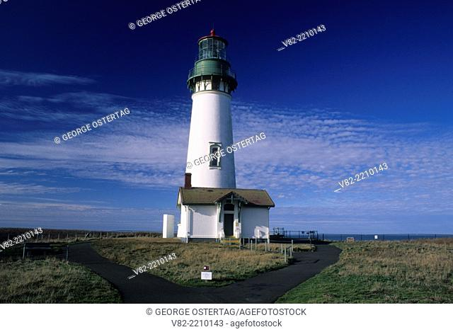 Yaquina Head Lighthouse, Yaquina Head Outstanding Natural Area, Oregon
