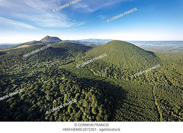 France, Puy de Dome, Ceyssat, Chaine des Puys, Regional Natural Park of the Auvergne Volcanoes, the Puy de Côme (aerial view)