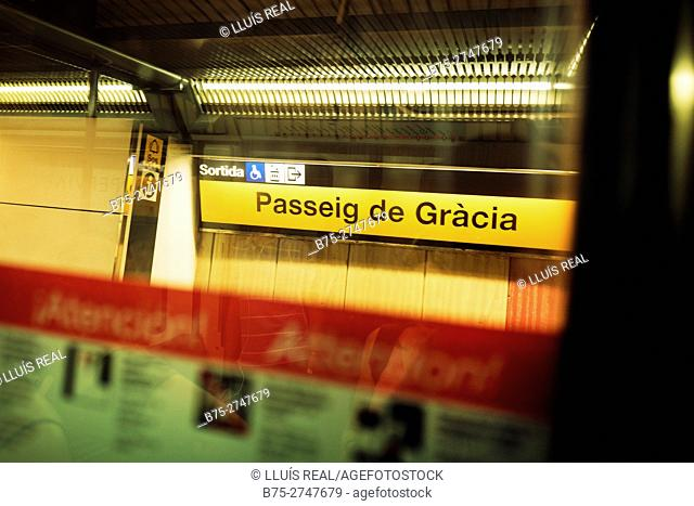 """Passeig de Gràcia"" subway station, seen from inside subway car. Barcelona, Catalonia, Spain"