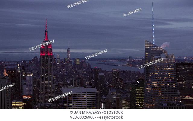 Manhattan skyline at dusk in New York City, USA