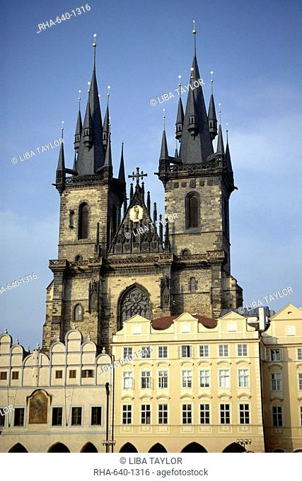 Tyn church, Old Town Square, Prague, UNESCO World Heritage site, Czech Republic, Europe