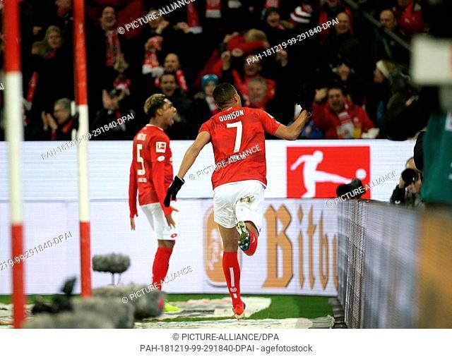 19 December 2018, Rhineland-Palatinate, Mainz: Soccer: Bundesliga, FSV Mainz 05 - Eintracht Frankfurt, 16th matchday, in the Opel Arena