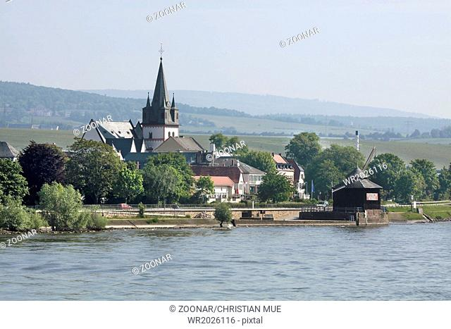 Small town of Oestrich-Winkel