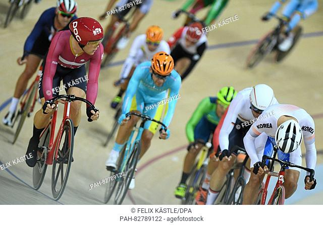 Lasse Norman Hanse (L) of Denmark in action during the Men's Omnium Scratch Race 1\6 of the Rio 2016 Olympic Games Track Cycling events at Velodrome in Rio de...