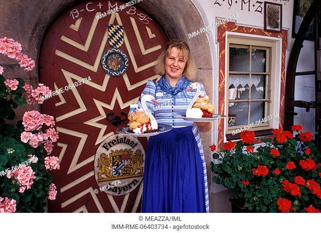 Ruhpolding, winbentelgrafin guest house, waitress, Bavaria, Germany, Europe