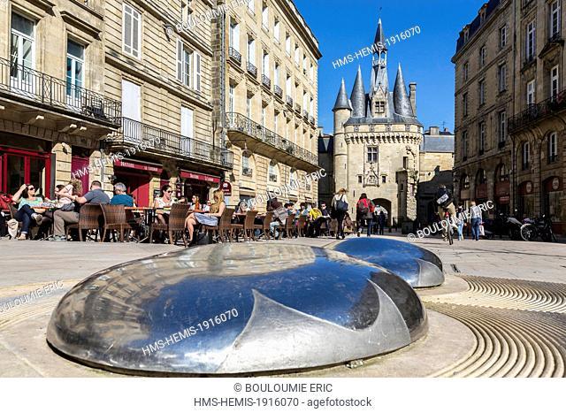 France, Gironde, Bordeaux, area listed World Heritage by UNESCO, fountain architect Emmanuelle Lesgourgues on Place du Palais, Porte Cailhau