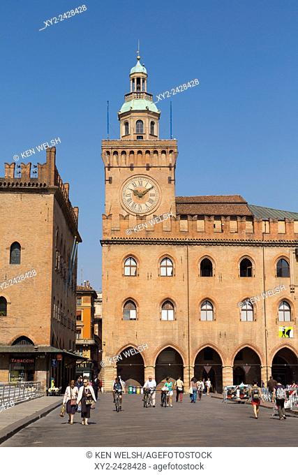 Bologna, Emilia-Romagna, Italy. Palazzo d'Accursio, in Piazza Maggiore, once the Town Hall and now home to the Civic Art Collection