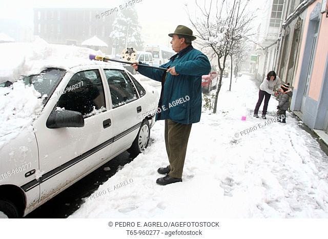 First snowfall of the season. A Fonsagrada. Province of Lugo, Galicia, Spain